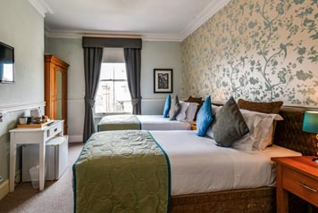 Room Five - Superior Twin/Super King - En-suite